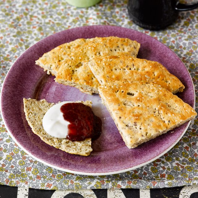 Scones with Fibre bread mix