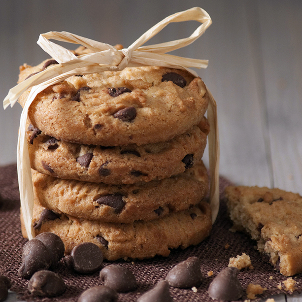 Choc chip cookies with Sukrin Gold