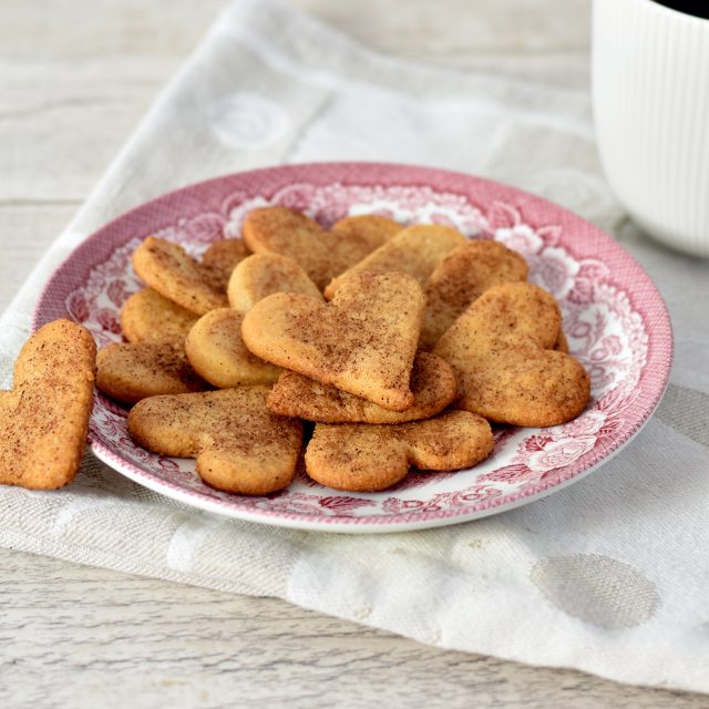 Marzipan chips